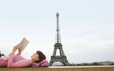 readingparis_moodb_2462393b.jpg